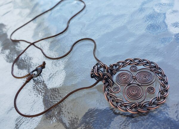Celtic Triskele Pendant Wire Wrap Tutorial | How to make a Wire Wrapped Triskelion Pendant 2